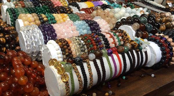 Mỗi ngày, người Việt 'móc hầu bao' 1,4 tỷ mua trang sức Trung Quốc