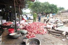 Tiêu hủy 34 tấn thực phẩm bẩn, xử phạt 2,5 tỷ đồng ở Sài Gòn