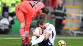 Kane chấn thương nặng, Tottenham vẫn ngược dòng đại thắng