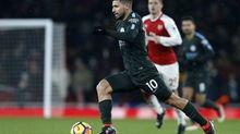 """Tiền đạo số 1 Man City """"đổ bệnh"""", Guardiola tái mặt"""