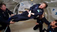 Stephen Hawking và cảnh báo về người ngoài hành tinh