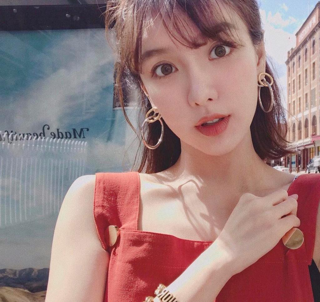 Trung Quốc,Hot girl,Giới nhà giàu