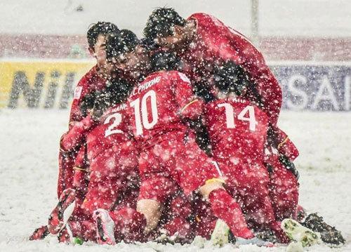 'Bầu Tam' Asanzo chính thức bước vào làng bóng đá chuyên nghiệp