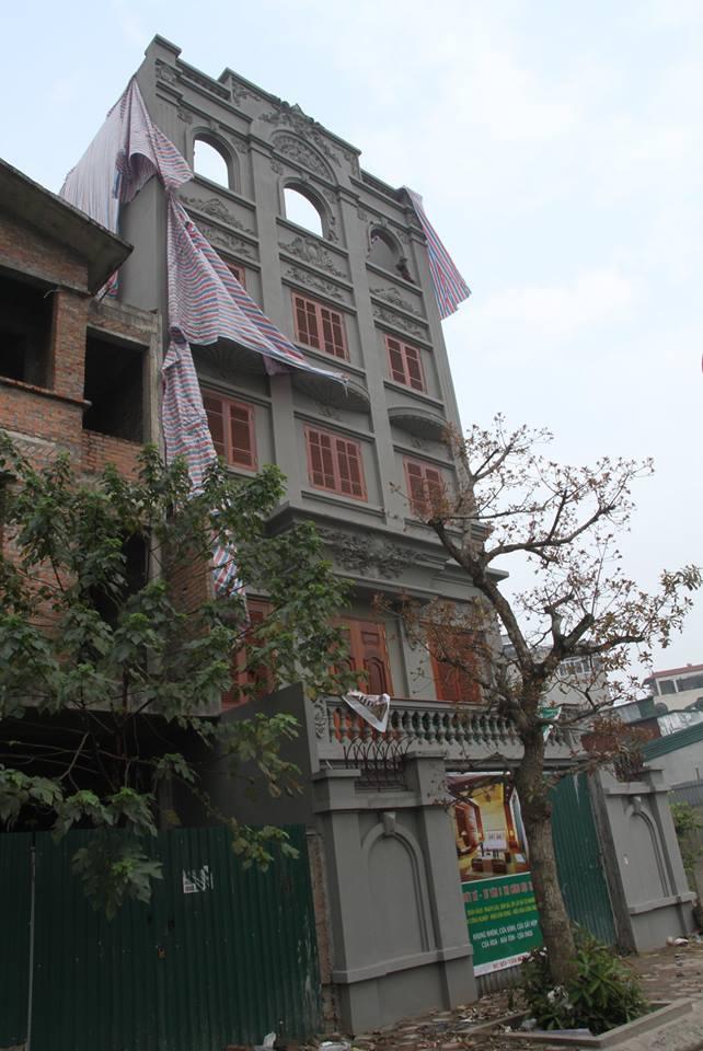 Tháo dỡ phần sai phép biệt thự của cựu Cục trưởng Nguyễn Thanh Hóa