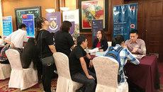 Triển lãm du học Mỹ có hướng dẫn viên tại Hà Nội