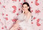 Phi Nhung khoe hình ảnh gợi cảm ở tuổi U50