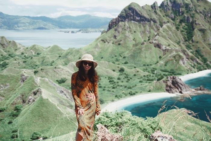 Quản lý Chi Pu đưa bạn gái tới nơi đẹp 'nín thở' ở Indonesia