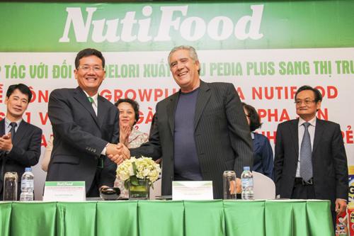 NutiFood xuất ngoại đầu năm