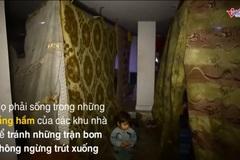 Cảnh khó tin trong hầm tránh bom ở 'địa ngục trần gian' Syria