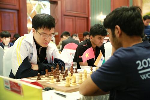 Lê Tuấn Minh chiếm ngôi đầu Giải Cờ vua Quốc tế HDBank