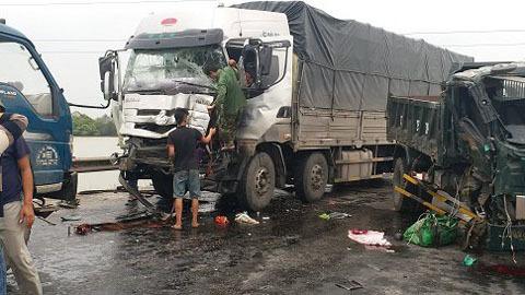 Ô tô tải đâm liên tiếp ở đường tránh Vinh, 1 phụ nữ thiệt mạng - ảnh 2