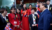 Thủ tướng chào đón du học sinh New Zealand về nước