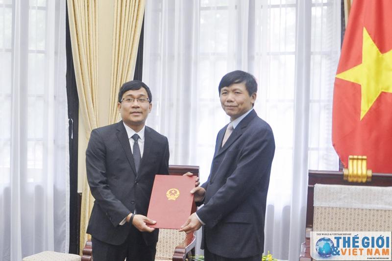 Bộ Ngoại giao, Ủy ban Dân tộc công bố nhân sự