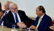 'Việt Nam làm nên con người hoà bình trong tôi'