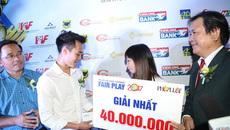 """Ghi điểm ngày nhận giải, Văn Toàn thắng """"cú đúp"""" Fair-play"""