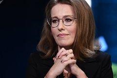 Nữ ứng viên tổng thống Nga bật khóc trong lúc tranh luận