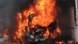 Ô tô bốc khói, cứu hỏa tới nơi đã cháy trơ khung