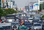 Người Sài Gòn khốn khổ vượt ải kẹt xe cửa ngõ Tây Bắc TP