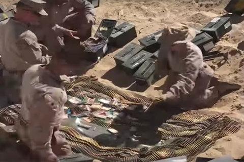 Xem lính Mỹ tiêu hủy đạn thừa