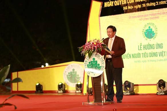 Sôi động Ngày Người tiêu dùng Việt Nam ở Hà Nội