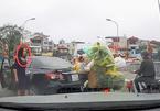 Video: Nữ tài xế quay đầu ô tô giữa cầu nói gì ở cơ quan chức năng?