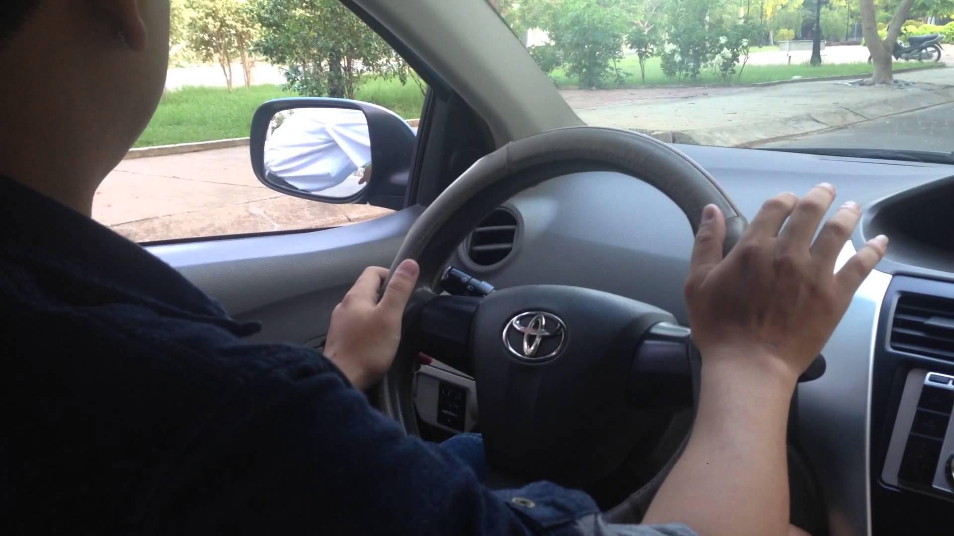 Nỗi bế tắc của lái xe taxi  hai lần bị vợ 'cắm sừng'