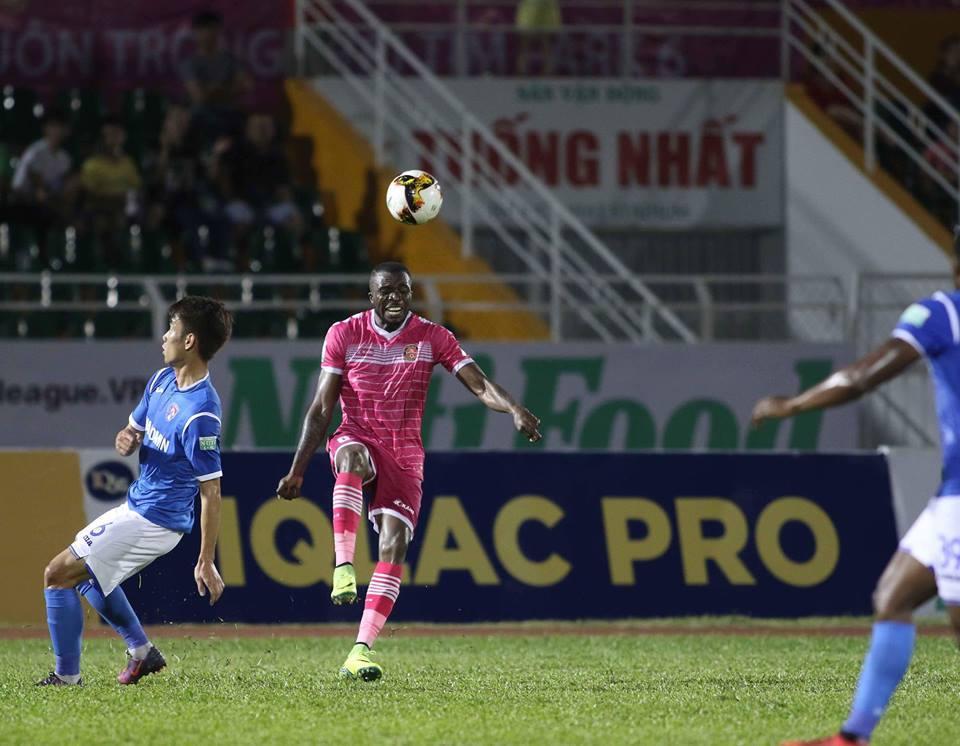 Hạ CLB Sài Gòn, Than Quảng Ninh 'chia' ngôi đầu bảng