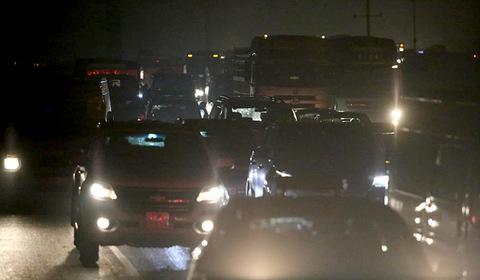Cao tốc Pháp Vân tắc chưa từng có, 10 tiếng  chưa vào được thủ đô