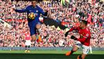 Chelsea hạ gục Leicester: MU, hãy đợi đấy!