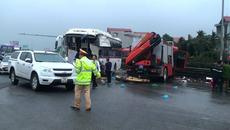 Tài xế xe khách phân trần phút tông trực diện xe cứu hỏa