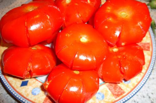 Cuối tuần làm mứt cà chua bi đẹp mắt ngon miệng
