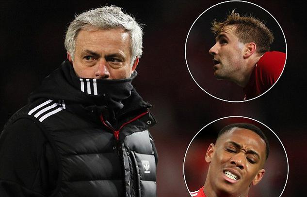 Mourinho tống cổ 9 'sao' MU, Fred cập bến Old Trafford
