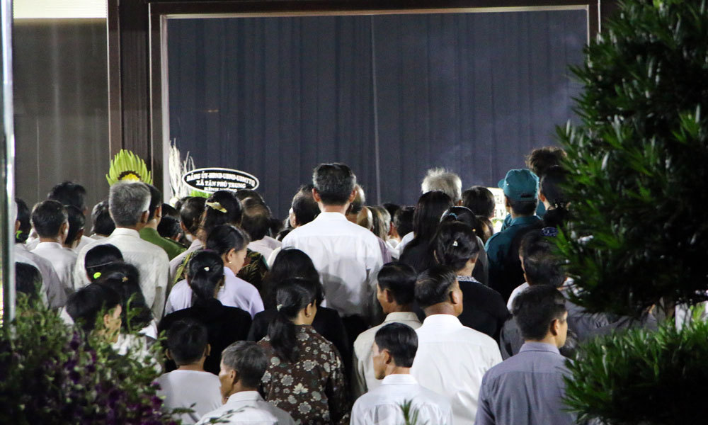 Đưa linh cữu cố Thủ tướng Phan Văn Khải về Hội trường Thống Nhất