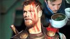 'Thần sấm' Chris Hemsworth 'gục ngã' trước món phở Việt Nam