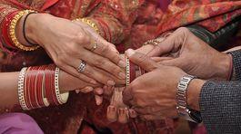 Chuyện hy hữu: Giúp vợ mới cưới kết hôn với tình cũ