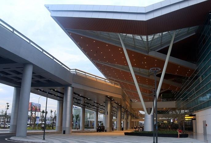 nhà ga quốc tế Đà Nẵng,sai phạm