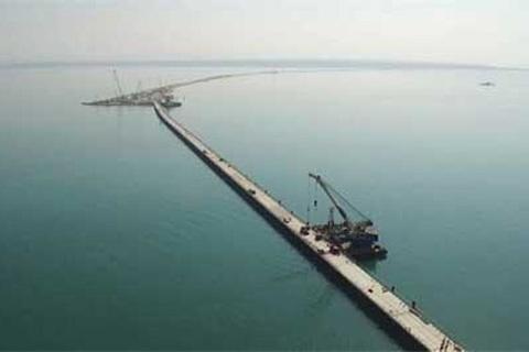 Cầu nối Nga và Crưm