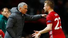 Bị Mourinho trù dập, Luke Shaw bức xúc mách sếp lớn MU