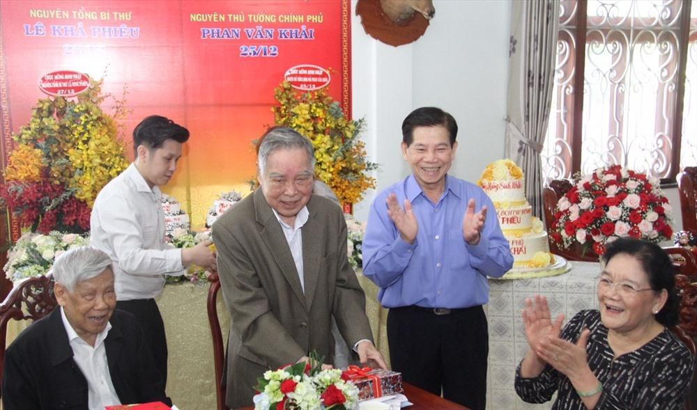 Phan Văn Khải,nguyên Thủ tướng Phan Văn Khải,Lê Khả Phiêu
