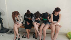 Đột kích quán bar có 50 dân chơi ma túy ở ven Sài Gòn