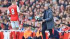 MU nhấc Ramsey khỏi Arsenal, Chelsea giải cứu Luke Shaw