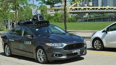 Uber tạm ngừng xe tự lái sau vụ đâm người đi bộ tử vong