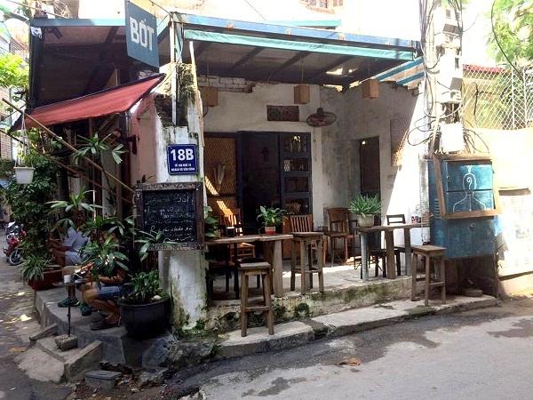 Hà Nội: Chiếm hành lang an toàn trạm biến áp làm quán cà phê