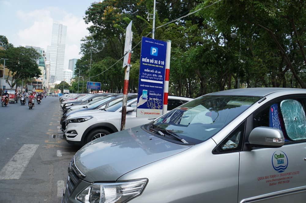 thu phí,thu phí ô tô,Sài Gòn