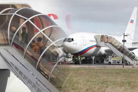Máy bay VIP đón đoàn ngoại giao bị trục xuất