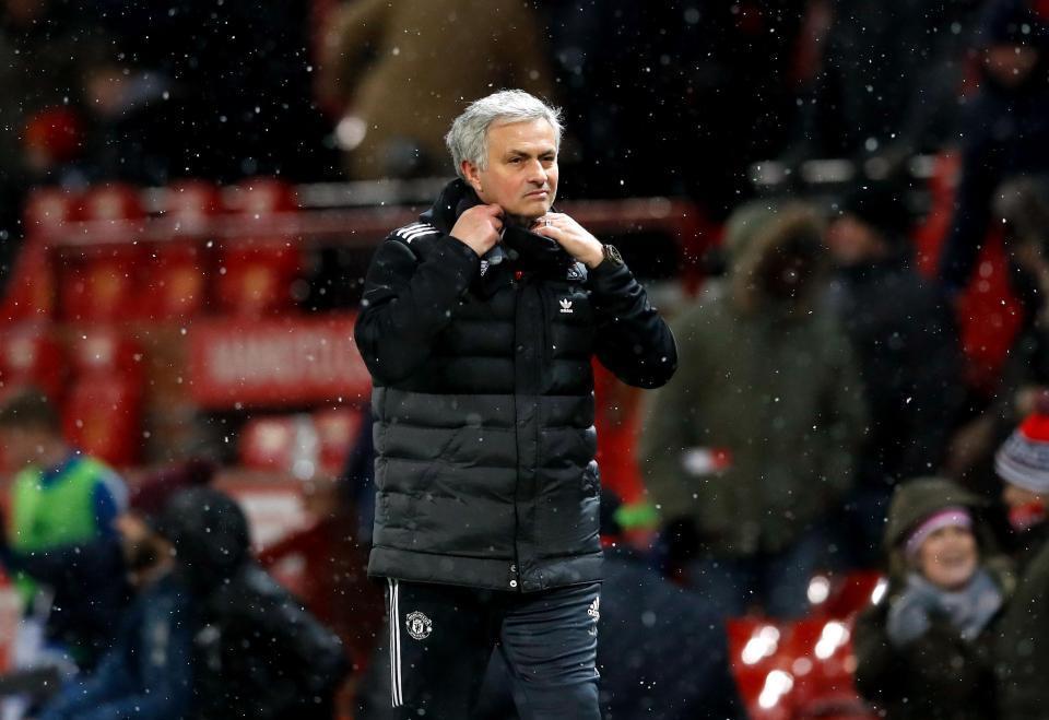 MU sa thải Mourinho nếu lâm cảnh 'trắng tay'