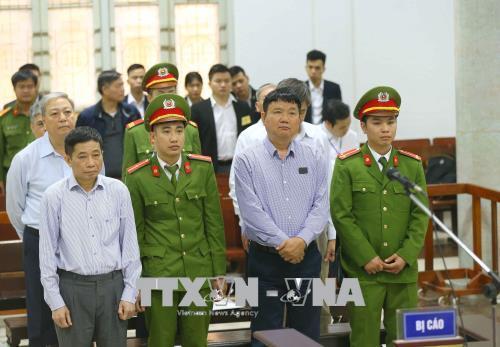 Đinh La Thăng,PVN,Oceanbank,tham ô,tham nhũng