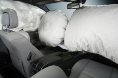 Còn nhiều người ngộ nhận về chức năng túi khí ô tô
