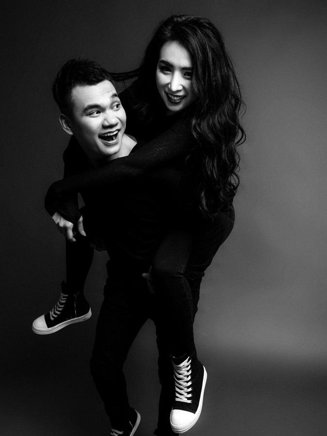 Bộ ảnh cưới ấn tượng của Khắc Việt và vợ DJ sexy