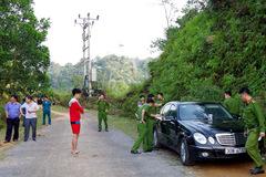 Khởi tố vụ án 3 người tử vong trong xe Mercedes ở Hà Giang